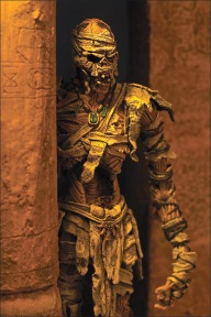 monsters_mummy_photo_01_dp